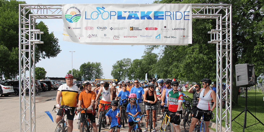 Loop-the-lake participants